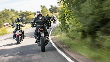 moottoripyörä moottoripyöräily
