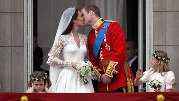 herttuatar Catherine prinssi William hääsuudelma 2011