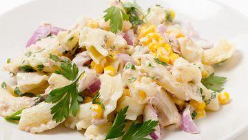 tonnikala pasta salaatti