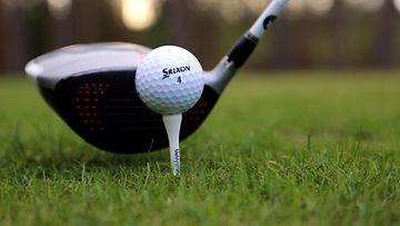 Golf aop