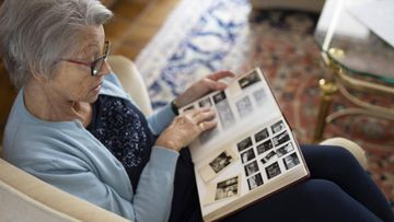 muistisairas muistisairaus dementia kuvitus AOP (1)