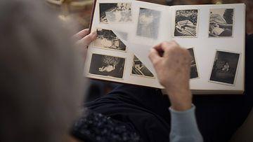 muistisairas muistisairaus dementia kuvitus AOP (2)