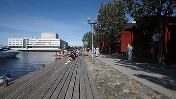 AOP Oulu aurinko lämpö kesä 1.03552395