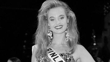 Kirsi Syrjänen 1992 mustavalkoinen