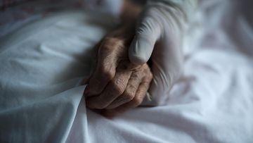 AOP Espanja vanhus kuolema
