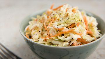 coleslaw salaatti