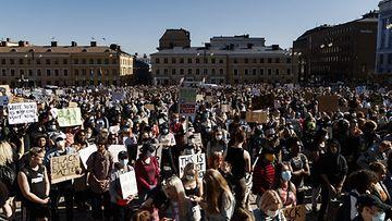 Black Lives Matter Helsinki mielenosoitus LK (2)