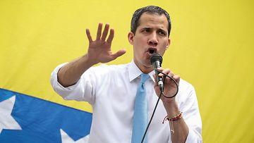 aop juan guaido venezuela oppositiojohtaja