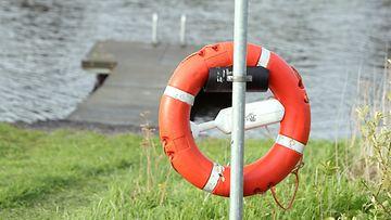 AOP, pelastusrengas, järvi
