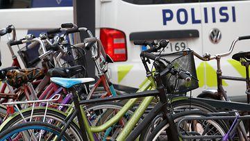 AOP, polkupyörä, poliisi