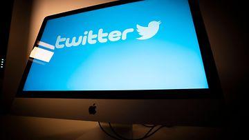 AOP, Twitter, tietokone