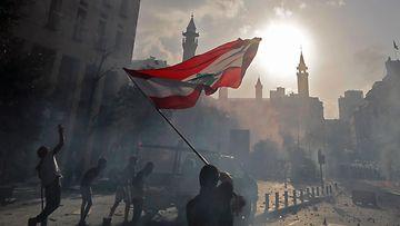 LK Beirut, mielenosoitukset