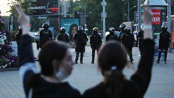 AOP, Valko-Venäjä, protestit