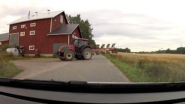 autoliitto maatalouskone traktori