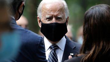 Joe Biden maski EPA