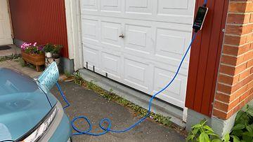 OMA: sähköauto, hyundai, latauspistoke