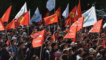 kirgisia mielenosoitus LK ladattu 061020