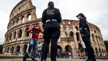Rooma Colosseum, korona, maskit, Italia 3.10.2020