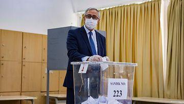 lehtikuva Mustafa Akinci