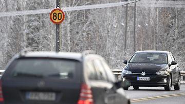 talvirajoitus nopeus liikenne autot nopeusrajoitus lk ladattu 221020