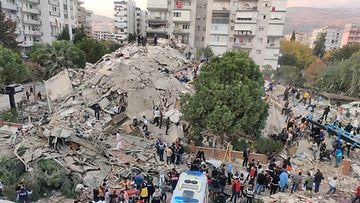 Izmir maanjäristys AOP