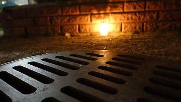 Pikku Huopalahden katukaivo, josta löytyi ruumis 12.11.2020 aamupäiivällä.