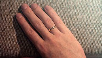 sormus käsi aop