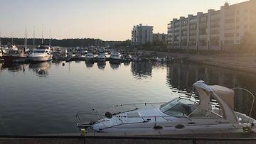 AOP: aurinkolahti, helsinki, satama