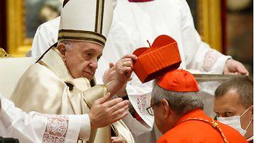 AOP Paavi kardinaali