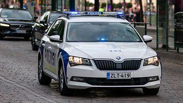 shutterstock poliisiauto (1)