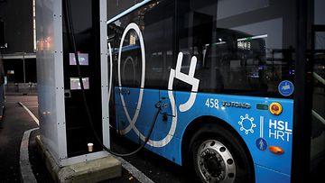 LK 19.12.2020 Sähköbussi linja-auto Helsinki