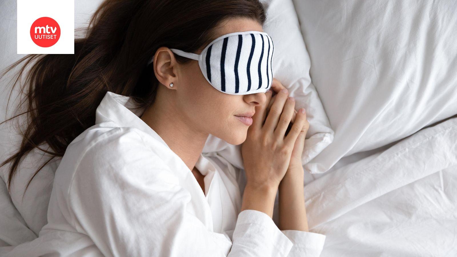 Kyljellään Nukkuminen