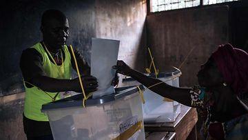 LK 311220 Keski-Afrikka vaalit