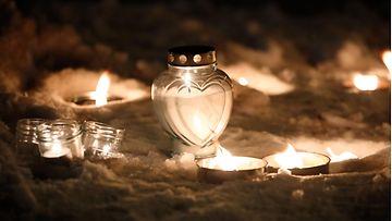 LK 020121 norja gjerdrum maanvyöry kynttilät