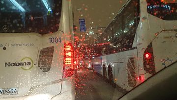 OMA: hakaniemi, linja-auto, myrsky