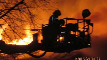 pelastuslaitoksen kuva tulipalo lahti