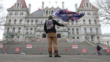 REUTERS yksinäinen mielenosoittaja Mark Leggiero