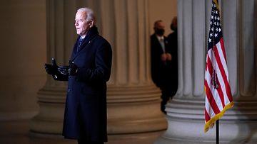 Bidenin puhe kansanjuhlassa