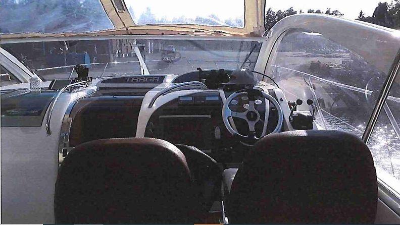 Airiston veneturma moottorivene4