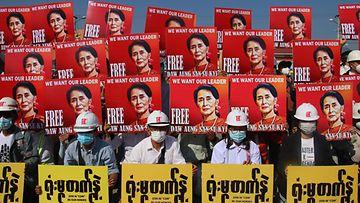 AOP Myanmar mielenosoitus Aung San Suu Kyi
