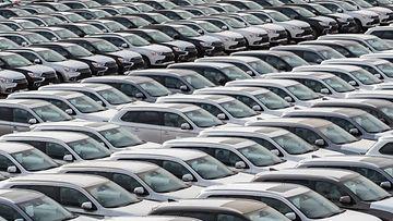 shutterstock autoteollisuus autotehdas