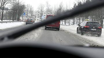 lk 12032021 61979015 liikenne helsinki talvi