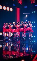 talent_suomi_s2_eps8_004_kangoo_power_team_kuvaaja_saku_tiainen