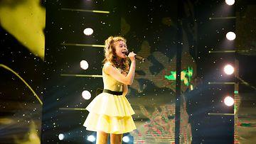talent_suomi_s2_eps8_011_diana_bourtovski_kuvaaja_saku_tiainen (1)