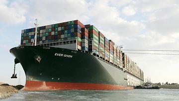 AOP-Suezin-laiva