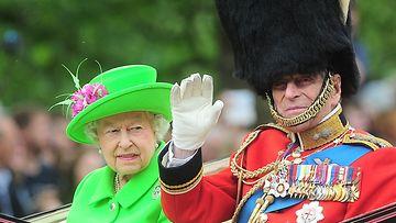 AOP Prinssi Philip ja kuningatar yhdessä