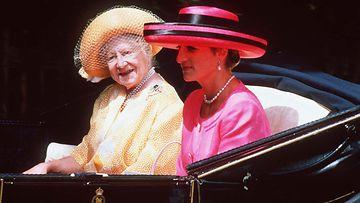 AOP Kuningataräiti ja Diana