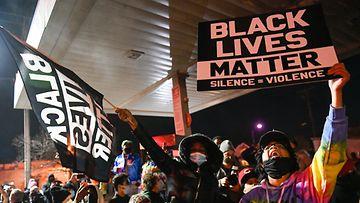 AOP Black lives mater George Floyd 17.56840791