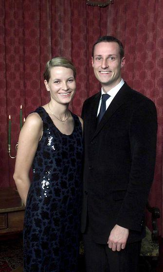 AOP Mette-Marit ja Haakon kihlautuivat 2000