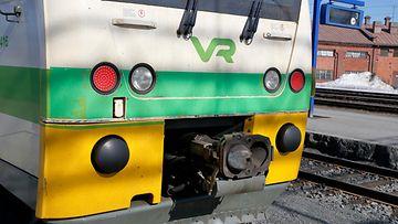 VR:n kiskobussi Joensuun rautatieasemalla.